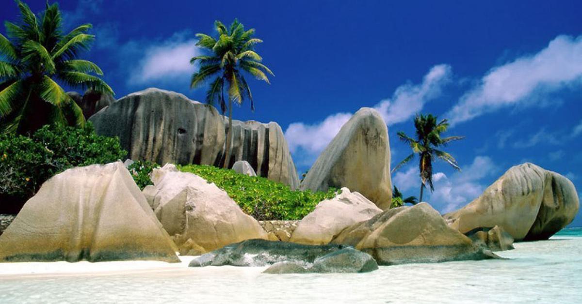 Destinasi Wisata Indonesia Terindah yang Wajib Dikunjungi